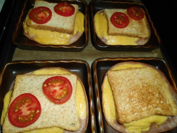 toast sandwich mit k se und schinken aus dem ofen rezept. Black Bedroom Furniture Sets. Home Design Ideas