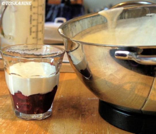 Tonka-Creme auf Gewürzkirschen - Rezept - Bild Nr. 12