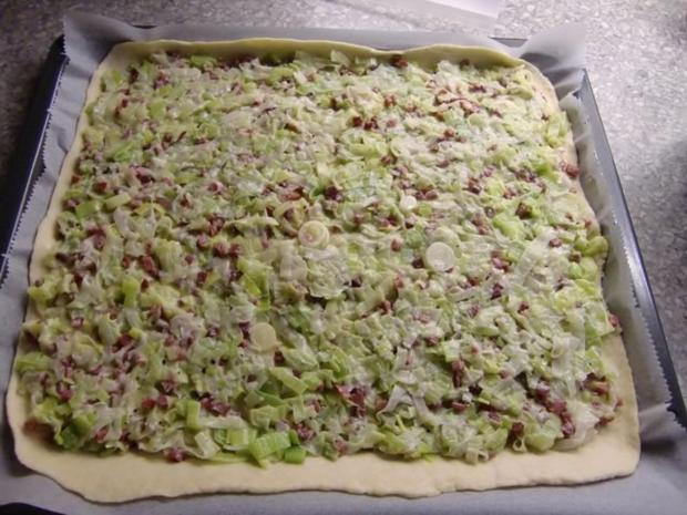 Pizza mit Lauch und Schinkenwürfel - Rezept - Bild Nr. 17