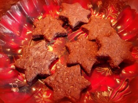 Weihnachtsplätzchen mit Orange, Nuss und Schoko - Rezept