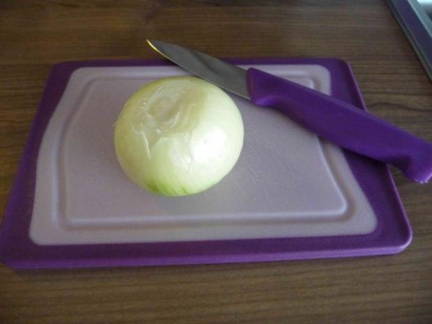 Vegan : Tomatensoße mit Kokosöl-Zwiebeln auf Spaghetti - Rezept - Bild Nr. 2