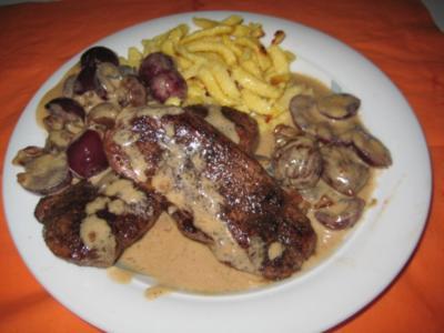 Rehschnitzel Schaffhauser Art - Rezept