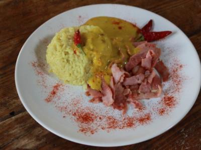 Curryreis auf Hähnchenbrust - Rezept