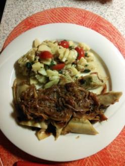 Maultaschen mit geschmelzten Zwiebeln und Kartoffelsalat - Rezept