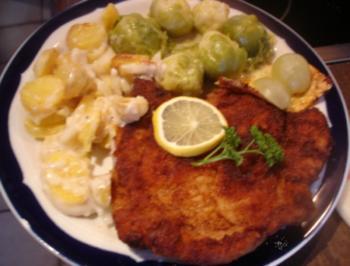 Stielkotelett mit Rosenkohl und Kartoffelgratin - Rezept