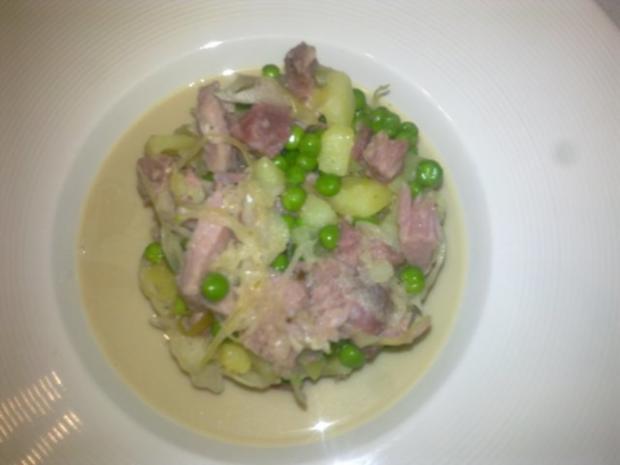 Eisbein mit Sauerkrautsuppe - Rezept - Bild Nr. 2