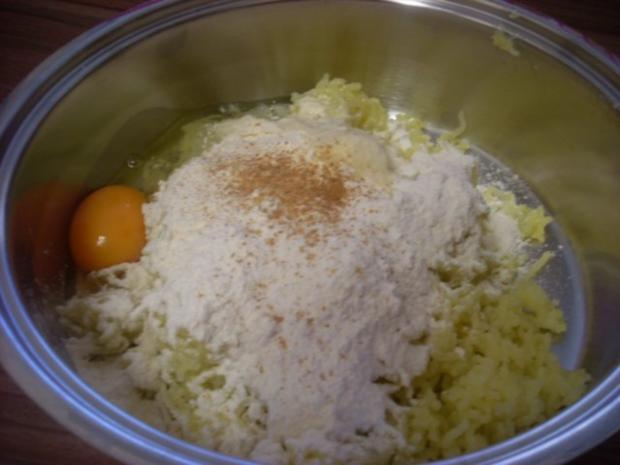 """Fingernudeln   wir haben sie als Kinder schon geliebt unsere """"Kartoffelwürschtle"""" - Rezept - Bild Nr. 6"""