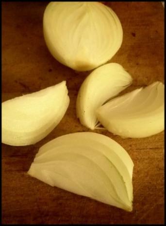 Hokkaido und Kartoffeln gebacken ...mit scharfer Kürbissoße - Rezept - Bild Nr. 3