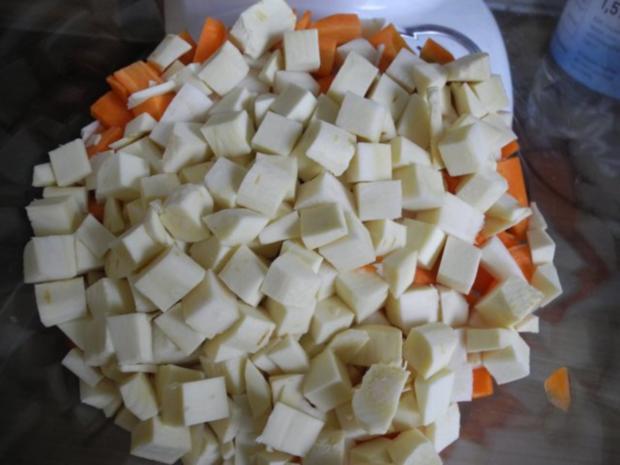 Vegan : Soja - Gulasch an Gemüse - Rezept - Bild Nr. 7