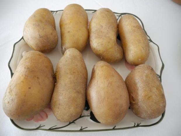 Vegetarisch : Pellkartoffeln - Zwiebelquark - Gurkensalat - Rezept - Bild Nr. 3
