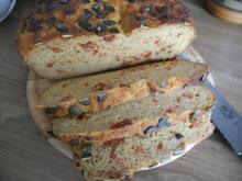 Brot & Brötchen : Kartoffel - Tomaten - Brot - Rezept