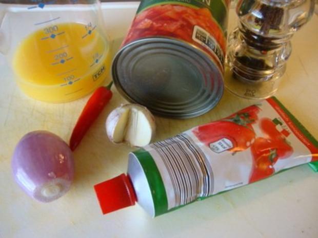 schnelle heiße Tomaten - Grapefruit Suppe mit Pesto Schnitte - Rezept - Bild Nr. 4
