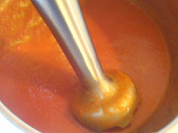 schnelle heiße Tomaten - Grapefruit Suppe mit Pesto Schnitte - Rezept - Bild Nr. 13
