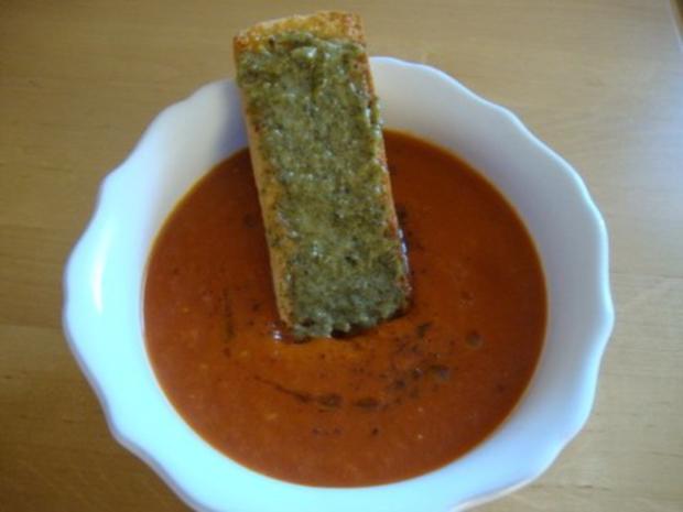 schnelle heiße Tomaten - Grapefruit Suppe mit Pesto Schnitte - Rezept - Bild Nr. 15