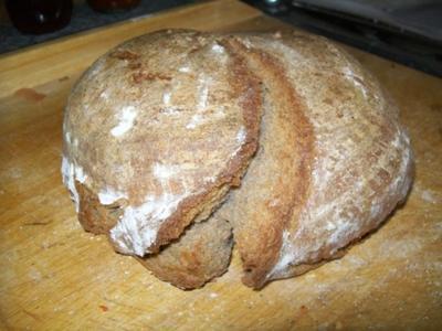 Brot-Brötchen: Opa Alfred`s Sauerteigbrot - Rezept