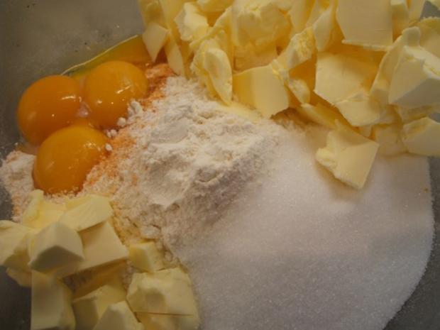 Zitronenschnitten Weihnachtsgebäck.Plätzchen Ernas Zitronenschnitten