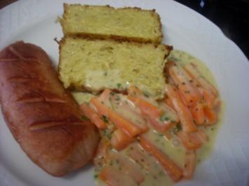 Rezept: Karotten-Rahm-Gemüse mit Geflügel-Fleischwurst und Kartoffelterrine