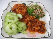 Vegan : Gemüsebolognese an Petersilien - Dinkel - Rezept