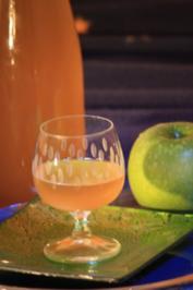 Liköre: Apfellikör mit Lavendel - Rezept
