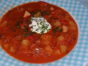 Eintöpfe/Suppen: Deftiger Kartoffel-Sauerkraut-Eintopf mit Paprika und Cabanossi - Rezept