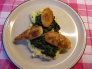 Spinat mit knusprigen Weißwurstscheiben und Kartoffelstampf - Rezept
