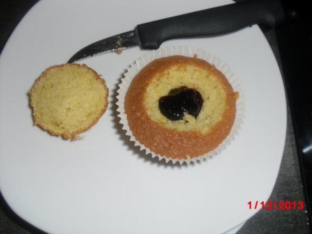 Muffin schwarz/weiß mit Johannisbeer-Gelee - Rezept - Bild Nr. 4