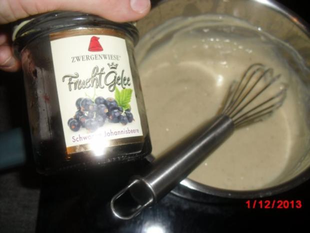 Muffin schwarz/weiß mit Johannisbeer-Gelee - Rezept - Bild Nr. 3