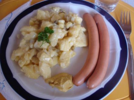 Kartoffelsalat mit Würstchen - Rezept