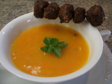 Suppen: Zwiebelsuppe nach Kühlschrankart - Rezept