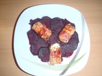 Rote Rüben mit Schafkäse in Speckmantel - Rezept