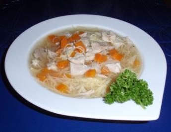 Hühnersuppe a la Linda - Rezept