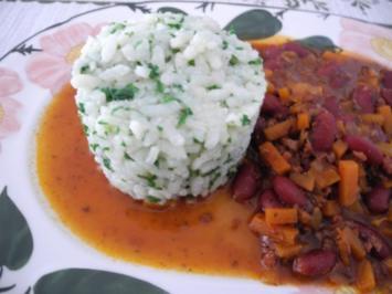 Vegan : Karotten - Bohnen - Gulasch an Petersilien - Reis - Rezept - Bild Nr. 2