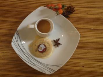 Herbst küsst Winter (Weihnachtliches Parfait mit Hagebuttensoße) - Rezept