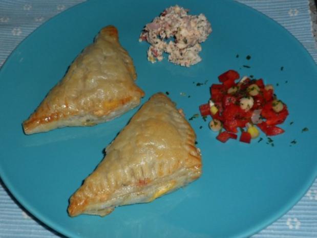 Abendessen/Snack: Blätterteigtaschen mit pikanter Feta-Paprika-Füllung - Rezept - Bild Nr. 8