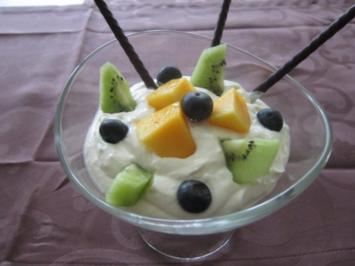 Mascarponecreme mit Früchten - Rezept