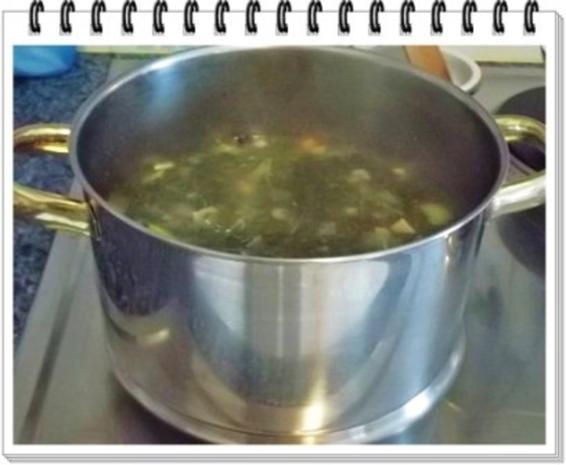 Grünkohl Cremesuppe mit Pinienkerne verfeinert - Rezept - Bild Nr. 7