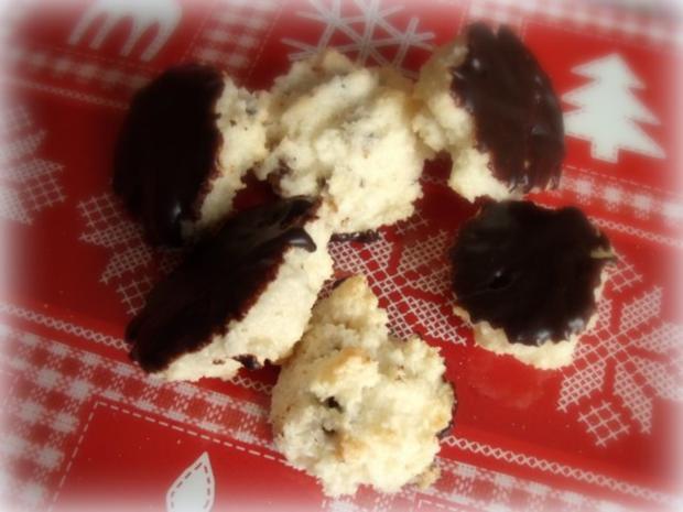 Weihnachtsplätzchen: Feigen-Kokos-Schoko-Makronen - Rezept