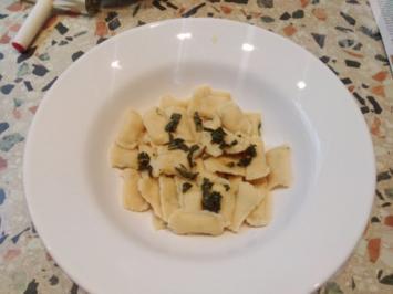 Ravioli mit Lachs-Ricotta-Füllung - Rezept