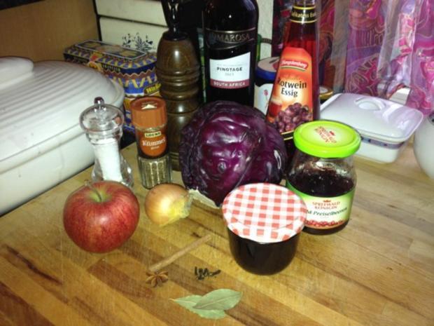 Apfel-Rotkohl als Beilage - Rezept - Bild Nr. 2