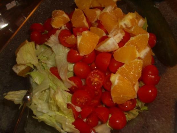 Gemischter Salat mit Orangen und Walnüssen - Rezept - Bild Nr. 5