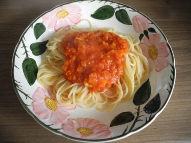Vegan : Karotten - Bolognese mit Spaghetti - Rezept