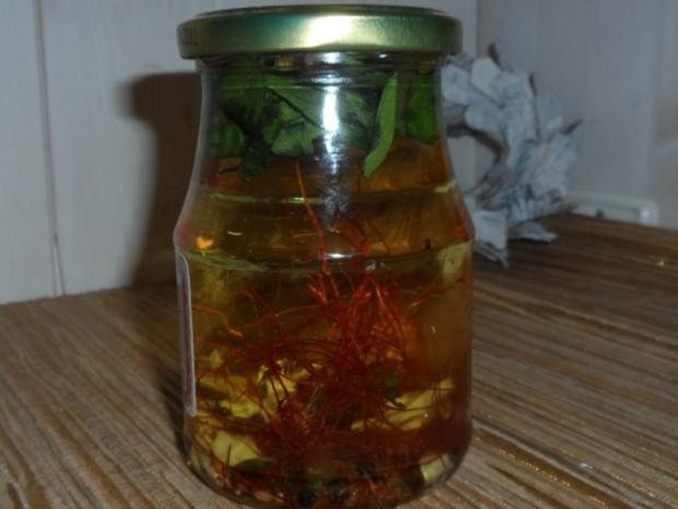 Öle: Scharfes Thai-Basilikum-Ingwer-Öl - Rezept