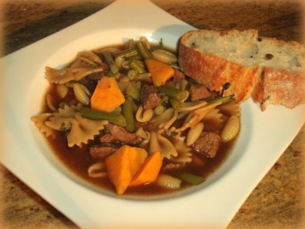 Süßkartoffel-Tamarinden-Rindfleisch-Suppe - Rezept