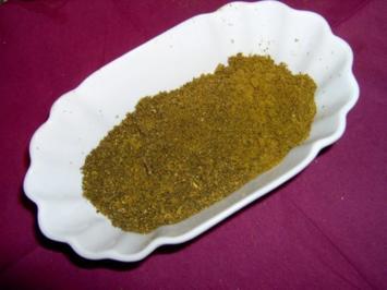 """Rezept: """"Schwarzer Schwan""""- Curry Pulver / Gewürzmischung"""
