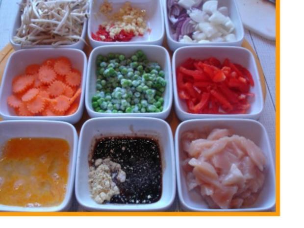 Chinesische Nudeln mit Hähnchenbrustfilet und Gemüse - Rezept - Bild Nr. 5
