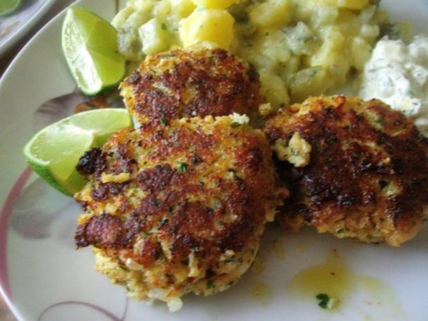 Fischfrikadellen mit Kartoffelsalat und Remouladensoße-unser Essen am Heiligen Abend - Rezept