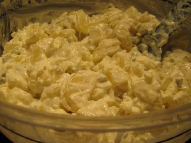 leichter Kartoffelsalat mit selbstgemachter Joghurt-Mayonnaise - Rezept