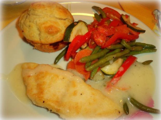 Ziegenkäse-Muffins mit lauwarmem Salat und Fischfilets - Rezept