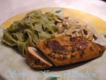 Kräuter Hähnchen mit Bärlauch Nudeln und Champion Sahne Sauce - Rezept