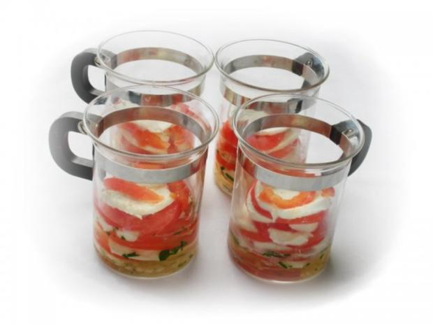 Tomaten-Mozzarella- Terrine mit Prosciutto Crostini - Rezept - Bild Nr. 7